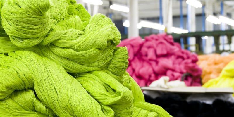 TUNISIE : le secteur du textile veut réduire son empreinte carbone©Kalabi YauShutterstock
