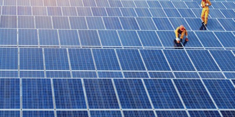 AFRIQUE : Filatex va fournir 150 MWc d'énergie solaire dans quatre pays©Sonpichit Salangsing/Shutterstock