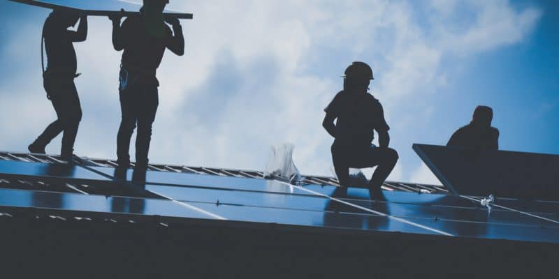 AFRICA: Arch injects 16.5 M$ in CBE to supply solar energy to companies©lalanta71/Shutterstock