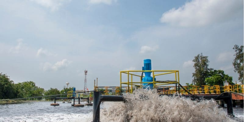 TUNISIA: Reusing wastewater to irrigate green spaces in Tunis Bay©Wanna Thongpao/Shutterstock