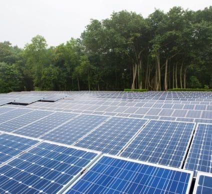 UGANDA: Chinese CEEC to supply 500 MWp of photovoltaic solar energy©Melting Spot/Shutterstock