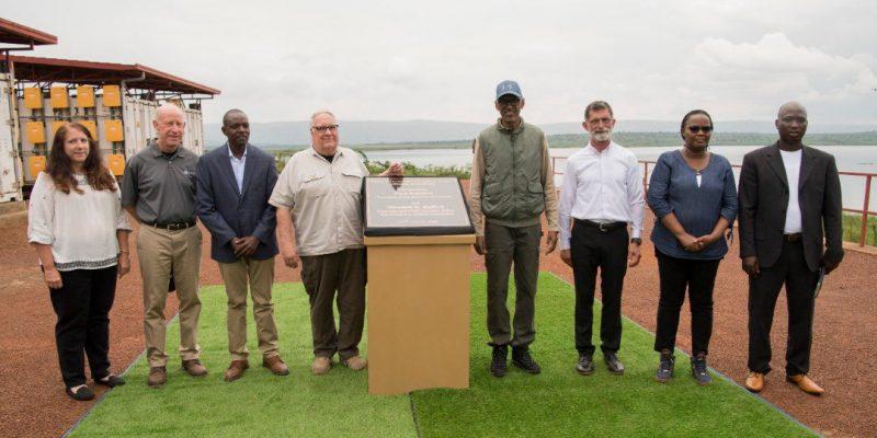 RWANDA: Howard Buffet launches solar-powered irrigation system in Nasho©/Rwandan Presidency