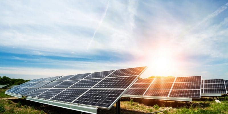 NIGERIA/KENYA: Renewvia Energy and DPI join forces to provide solar off grid©Diyana Dimitrova/Shutterstock