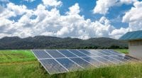 NIGÉRIA : Lumos fournit de l'électricité solaire au centre Covid-19 d'Eti-Osa©Yong006 / Shutterstock