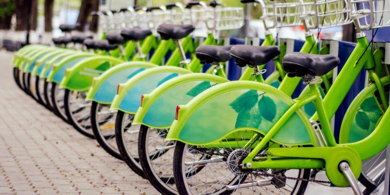 OUGANDA : les conducteurs de motos-taxis de Kamapala adoptent les vélos électriques©Egor_Kulinich / Shutterstock