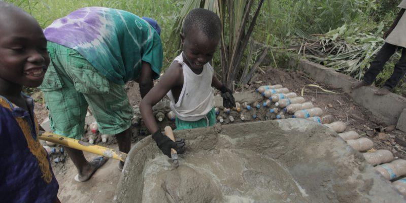 """GHANA: EU supports 'GrEEn' project creating 5,000 """"green"""" jobs©Agarianna76/Shutterstock"""