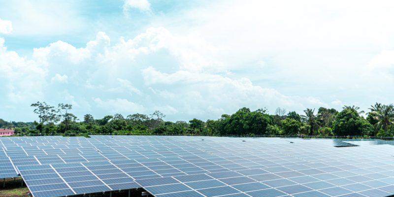NIGIERIA : NSIA lance un appel d'offres pour une centrale solaire de 10 MW à Kumbotso©cfalvarez/Shutterstock
