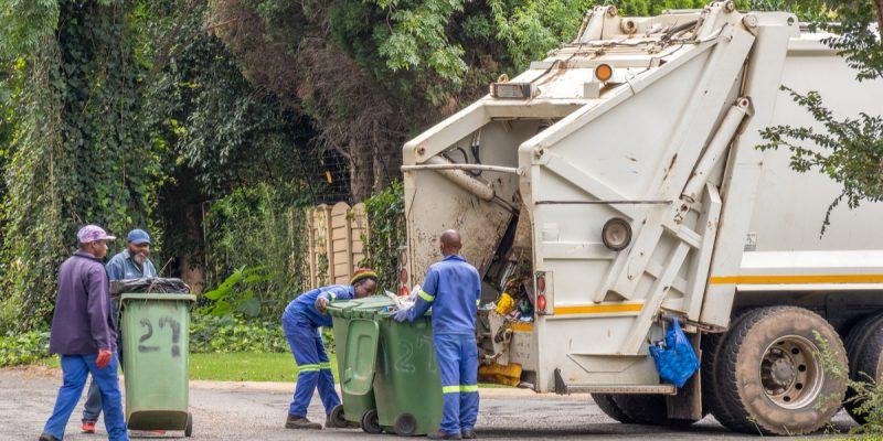 CAMEROUN : Hysacam lance un protocole antiCovid-19 dans la gestion des déchets©Richard van der Spuy/Shutterstock