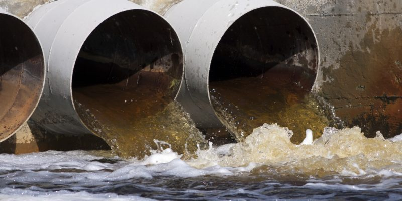 SOUTH AFRICA: Vaal River clean-up project to be completed in June 2020©Reddogs/Shutterstock