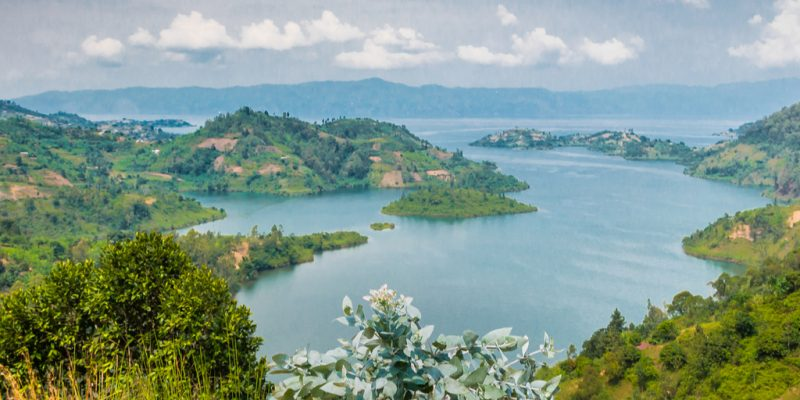 DRC-RWANDA: Both countries join forces to preserve Lake Kivu's biodiversity©Tetyana Dotsenko / Shutterstock