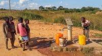 BÉNIN : le gouvernement favorise l'extension rapide de l'accès à l'eau en zone rurale©Fabian Plock/Shutterstock