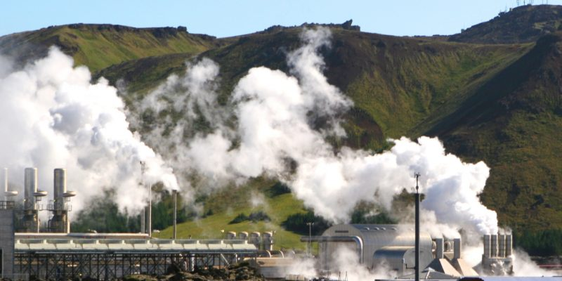 KENYA: Five bidders selected for Olkaria VI geothermal power plant ©Laurence Gough/Shutterstock
