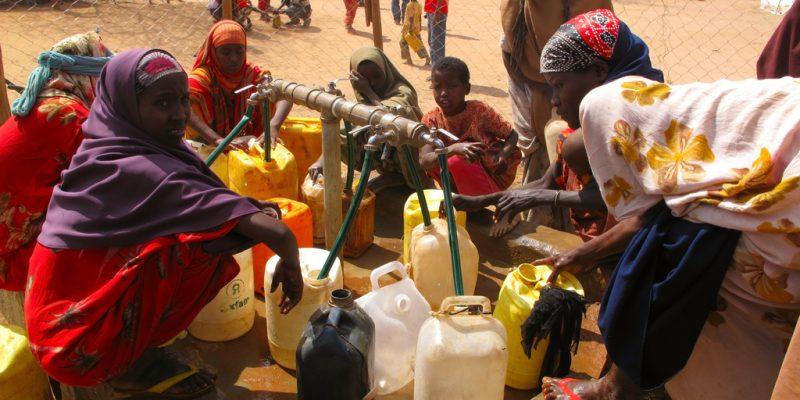 CÔTE D'IVOIRE : YWS lance «Young Water Fellowship» pour l'eau et l'assainissement©Sadik Gulec / Shutterstock