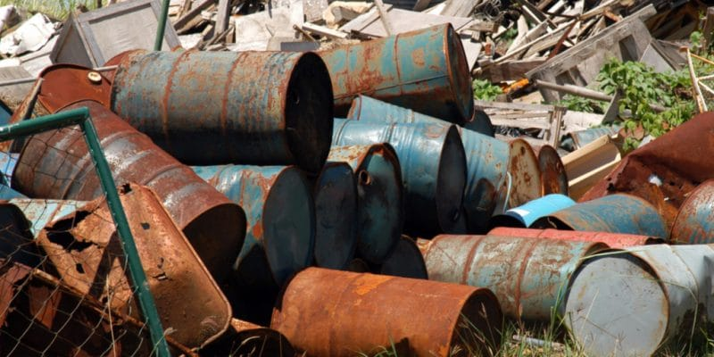 CÔTE D'IVOIRE : de nouvelles taxes sur la gestion des déchets entrent en vigueur ©Antonio V. Oquias/Shutterstock