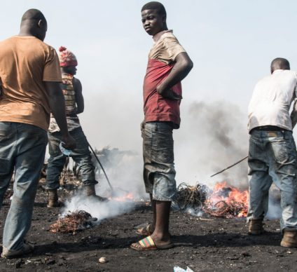 AFRICA: 34 traffickers arrested for importing electronic waste ©Aline Tong/Shutterstock
