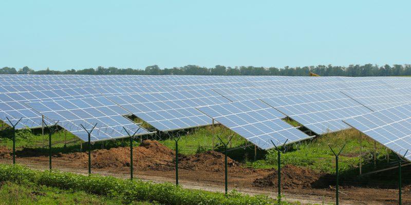 TOGO: AT2ER ranked 3rd in Ashden 2020 Award for progress in renewable energy strategy©Africa Studio / Shutterstock