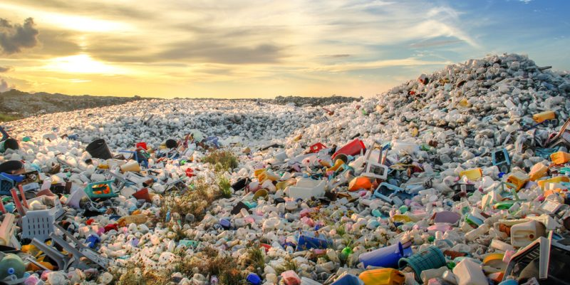 NIGERIA: Dow launches ReflexNG project for plastic waste management©MOHAMED ABDULRAHEEM/Shutterstock