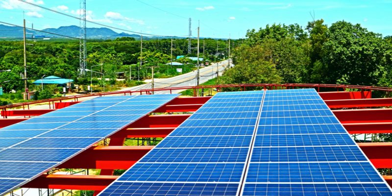 ZIMBABWE: Satewave installs solar pv systems of 60 kWp in 2 schools ©Pittha poonotoke/Shutterstock