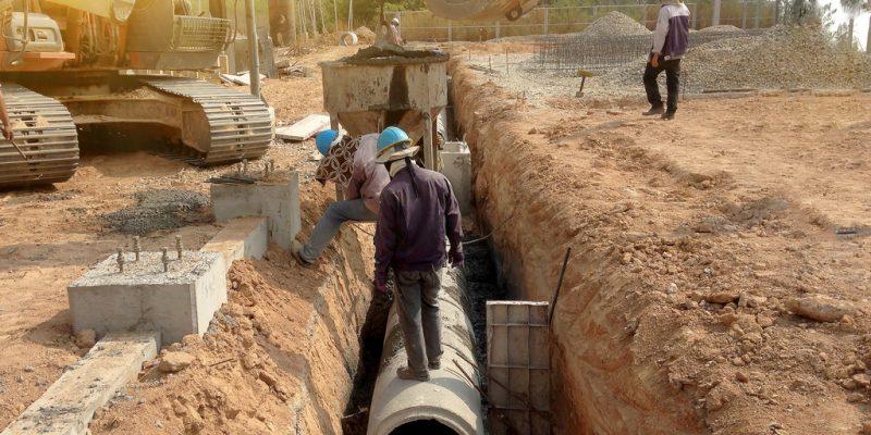 GHANA: 2.7 million dollars to drain Nsukwao basin for flood control©sakoat contributor/Shutterstock