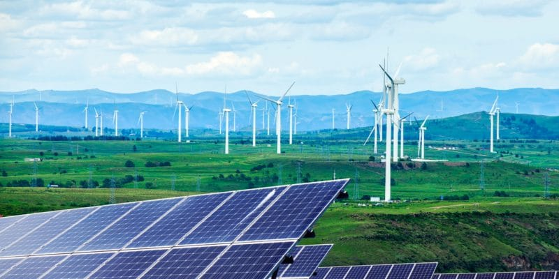 SOUTH AFRICA: Stanlib invests in Mulilo, a renewable energy producer©zhengzaishuru/Shutterstock