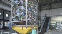 NIGERIA : le gouvernement met en service un centre de recyclage des déchets à Abuja©goldenporshe/Shutterstock