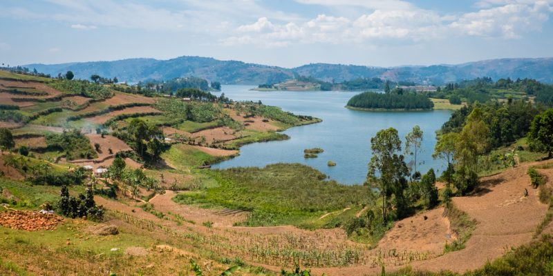 RWANDA: REMA seals 4 farms to protect biodiversity in Lake Kivu©Petr Klabal/Shutterstock