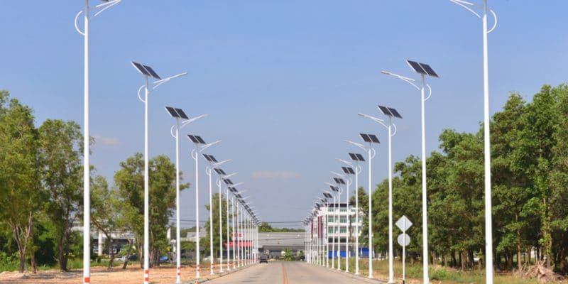 The municipality of Hay Al-Andalus has just completed the pilot phase of a project to install 1,000 solar-powered street lamps to improve public lighting in this city in north-west Libya.