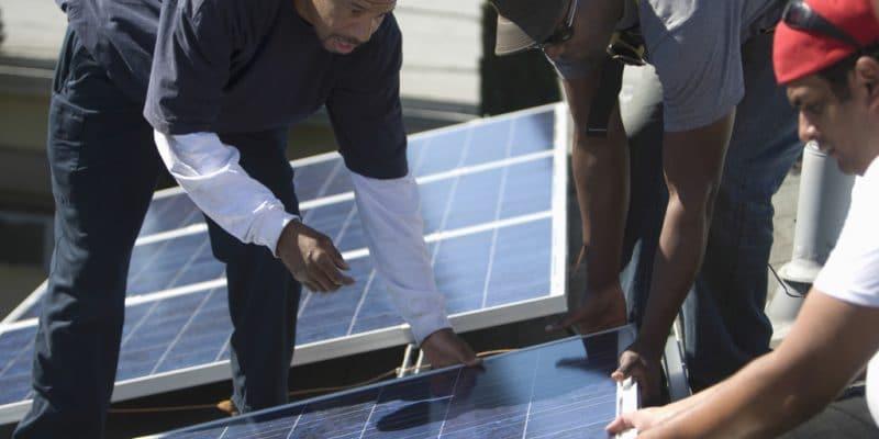 AFRIQUE DU SUD: Sawea et Sapvia forment dans le domaine du renouvelable©sirtravelalot/Shutterstock