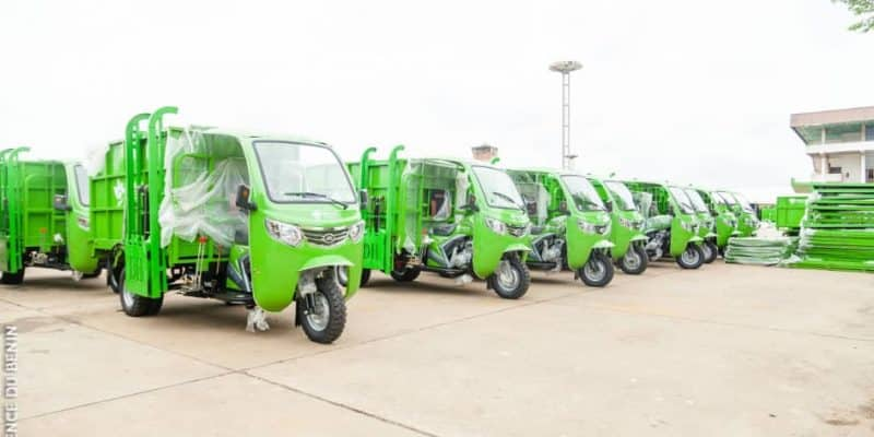BENIN: SMEs receive 550 tricycles for waste collection from the great Nokoué© Government of Benin