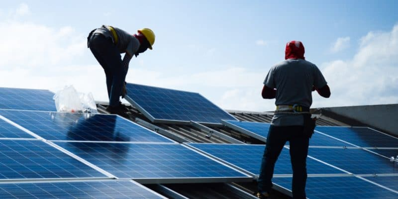 CONGO: Mac Services BDS to train 12,000 young people in solar energy jobs©lalanta71/Shutterstock