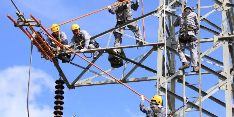 MALI : Kalpa Taru va électrifier 100 villages via une ligne haute tension de 225 kV ©NewSs/Shutterstock