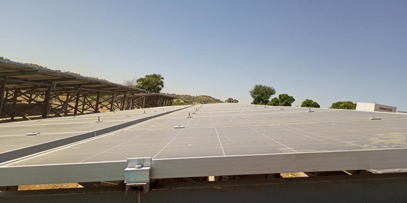 CHAD: a solar farm (500 kWp) to improve the water supply in Abéché©Abou Simbil /Shutterstock