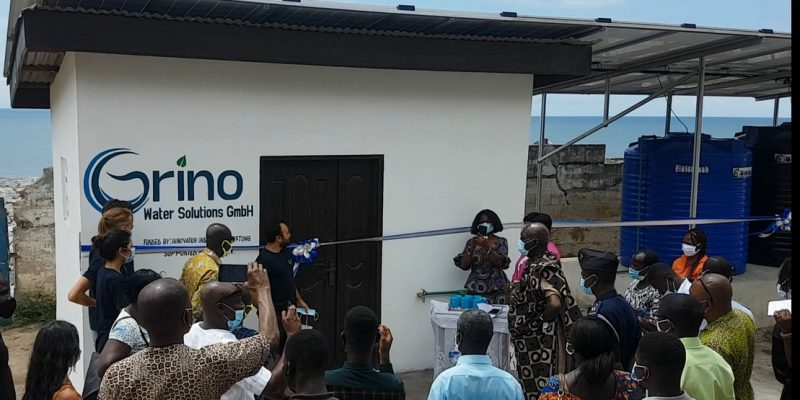 GHANA: Grino installs a solar-powered desalination system in Cape Coast©Grino