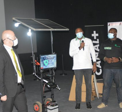 BENIN: an agreement between Qotto and Canal+ for solar-powered television ©Qotto Benin