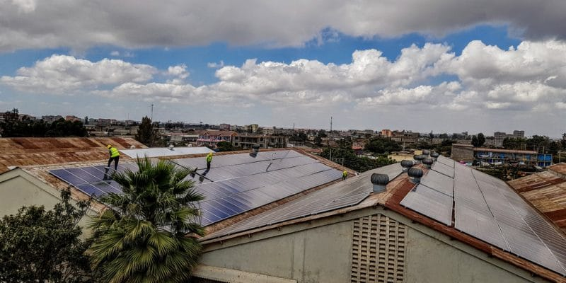 NIGERIA: REA equips Ozubulu hospital with a 7.5 kWp solar PV system©Sebastian Noethlichs/Shutterstock