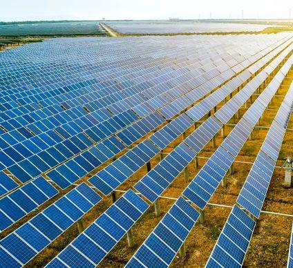 BENIN: Eiffage RMT obtains land for the Illoulofin solar power station (25 MWp)©Jenson/Shutterstock