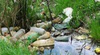 AFRIQUE : UKRI finance des projets de recherche contre la pollution plastique©TheodorB/Shutterstock