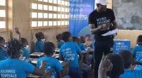 CAMEROUN : Fabrice Ondoa parle d'environnement aux écoliers à l'Est du pays©unicefcameroon/Shutterstock