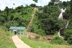 GHANA : Nana Akufo-Addo inaugure la mini-centrale hydroélectrique de Tsatsadu de 45 kW