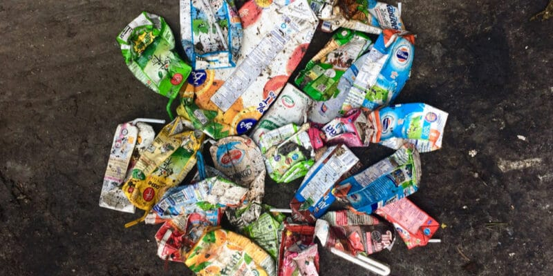 NIGERIA: Onward partners with Tetra Pak to recycle used beverage cartons©Sitthipong Pengjan/Shutterstock