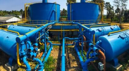GHANA: Deutsche Bank opens a €85m credit line for drinking water in Keta© Watcharapol Amprasert/Shutterstock