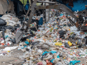 Urban sanitation, a major challenge for sustainable cities in Africa©moxumbic/ Shutterstock