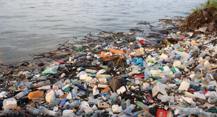 UGANDA: Coca-Cola supports plastic waste collection again