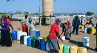 EAU POTABLE EN AFRIQUE : les solutions autonomes s'imposent en milieu rural©Artush/Shutterstock