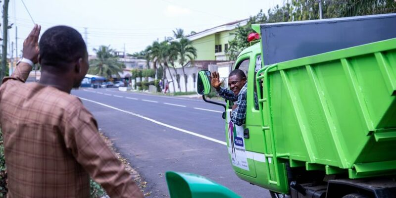 GHANA: Dispose Green to collect solid waste on demand nationwide©Dispose Green