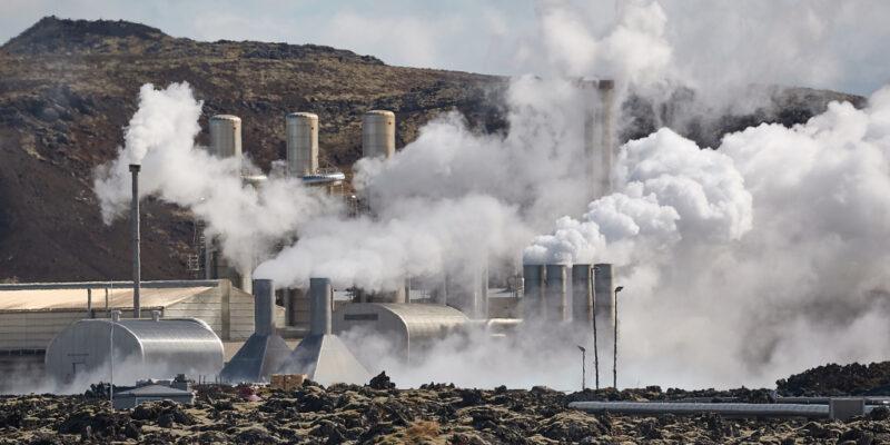 KENYA: AU and Wellington agree to develop geothermal energy © Peter Gudella/Shutterstock