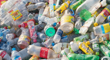 EGYPT: Henkel and Plastic Bank inaugurate 3 plastic collection units in Cairo©Trong Nguyen/Shutterstock