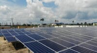 NIGERIA: Federal government to solarise 304 hospitals and schools © REA