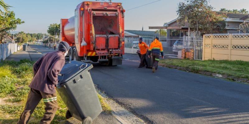 KENYA: Kepro raises awareness on responsible waste disposal©Reaz Ahtai/Shutterstock