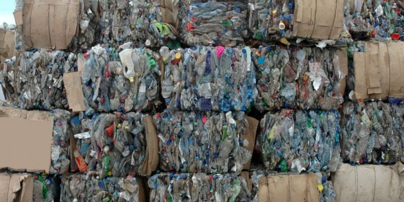 SENEGAL: Customs seize 25 tonnes of plastic waste from Germany©Cirkovic Milos/Shutterstock